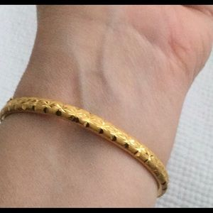 Jewelry - Pure Solid 24k Gold Hinged Oval Bangle Hallmarked